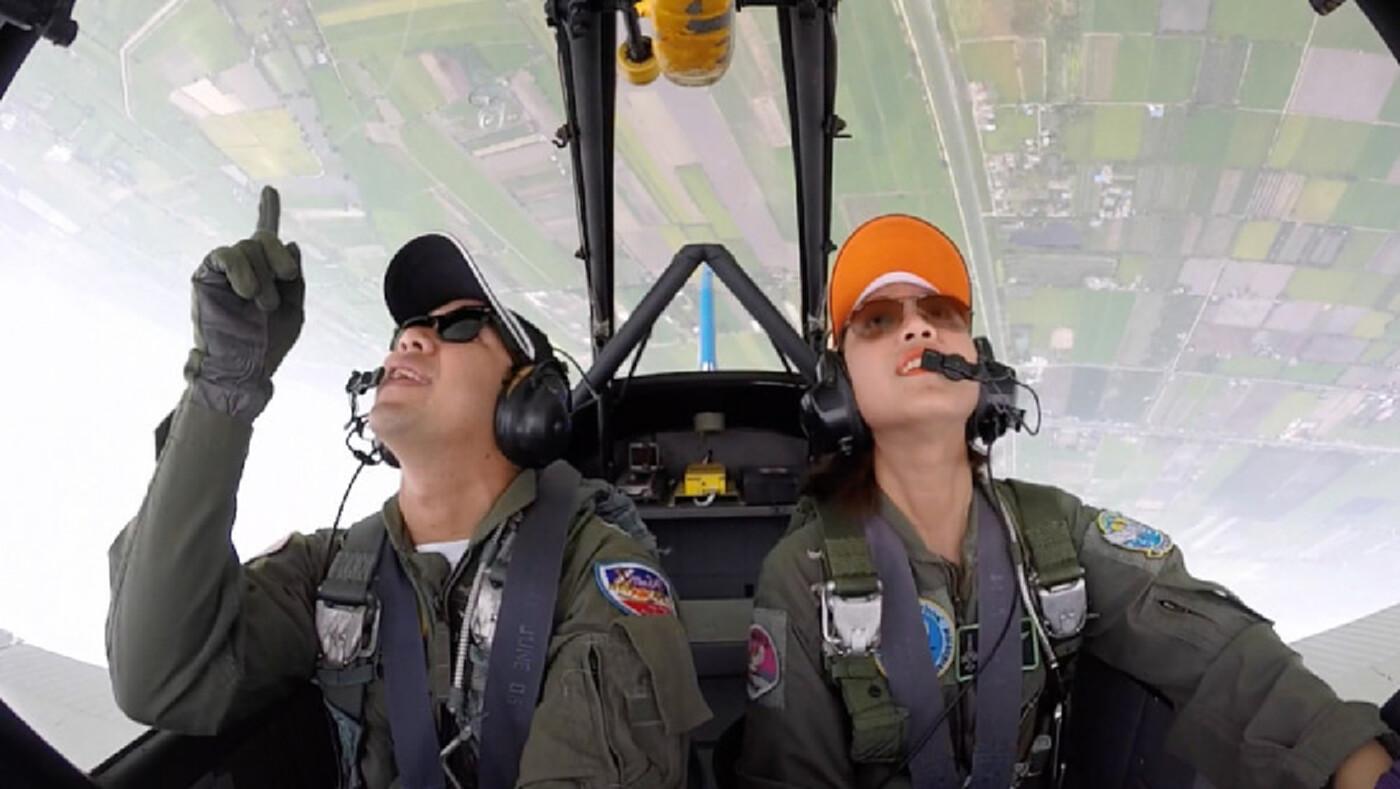 เพราะ 'นักบินรบหญิง' คือความฝันของเธอ