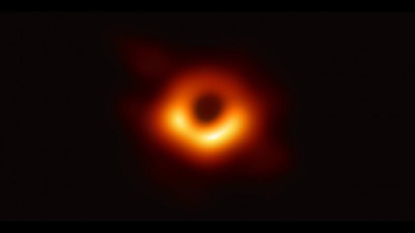 เผยภาพถ่าย 'หลุมดำ' ครั้งแรกในประวัติศาสตร์