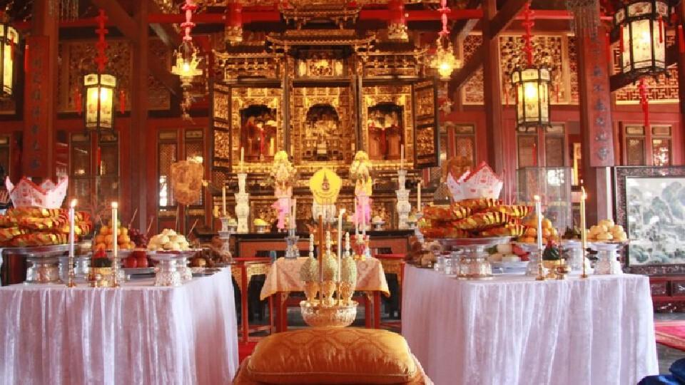 'ในหลวง' โปรดเกล้าฯ ให้ผู้แทนพระองค์เสด็จไปในการสังเวยพระป้าย ณ พระราชวังบางปะอิน เนื่องในเทศกาลตรุษจีน 2564
