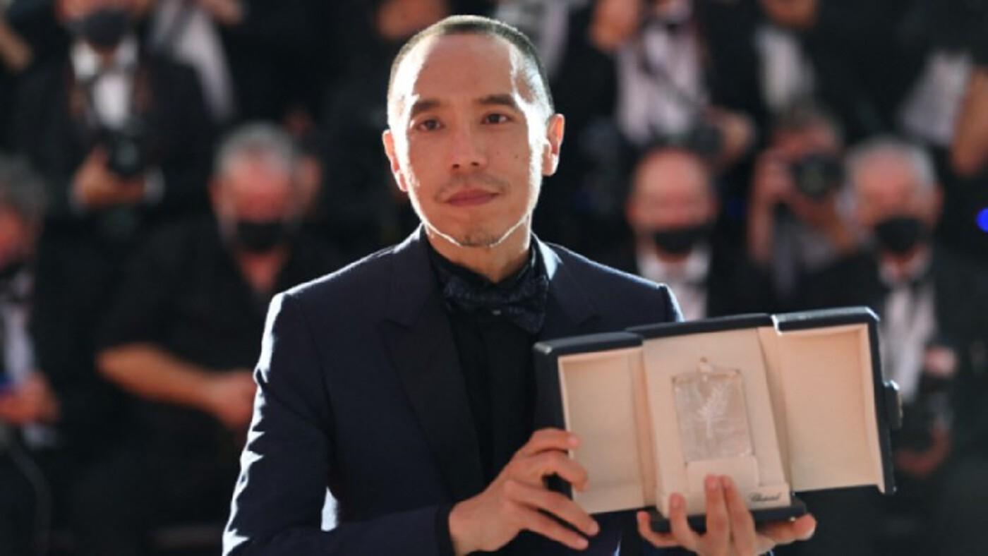 'อภิชาติพงศ์' คอลเอาท์บนเวทีหนังเมืองคานส์ หลัง 'Memoria' คว้า JURY Prize ไปครอง