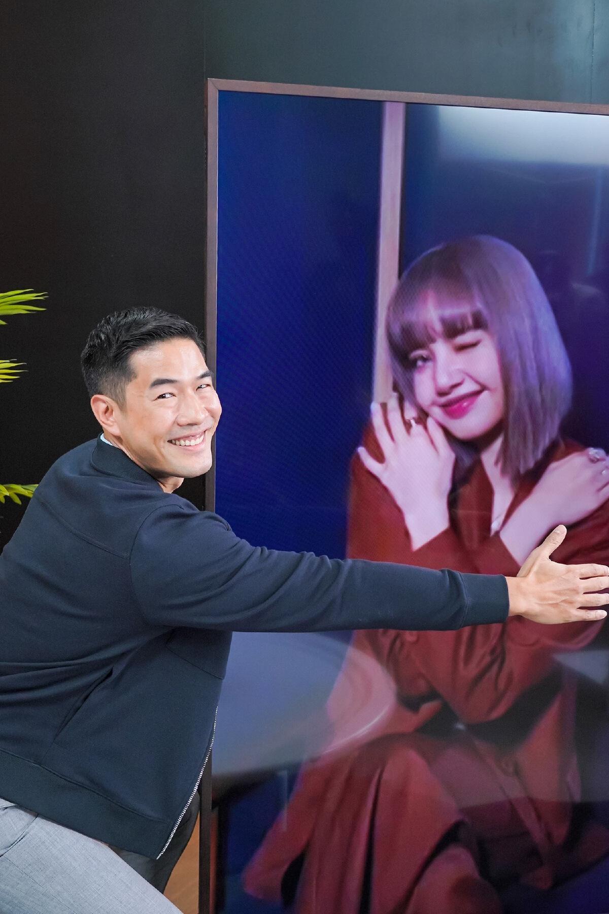 """คำต่อคำ """"ลิซ่า BLACKPINK"""" สัมภาษณ์อย่างเป็นทางการครั้งแรกในไทย!"""