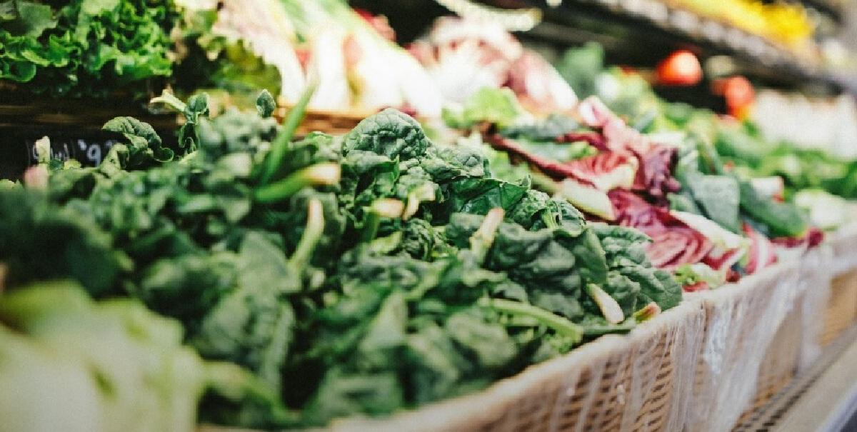 'ผัก'  กินสดหรือกินสุก แบบไหนได้สารอาหารดีกว่ากัน
