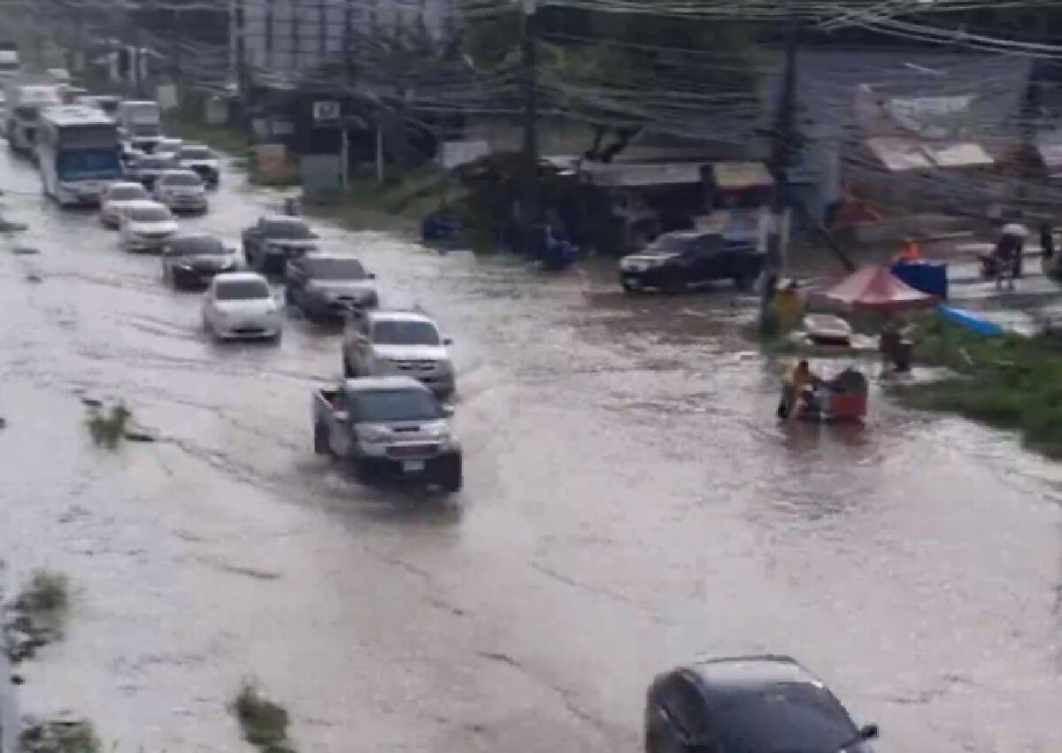 พิษพายุโกนเซินถล่มโคราช เช้านี้น้ำท่วมถนนมิตรภาพ