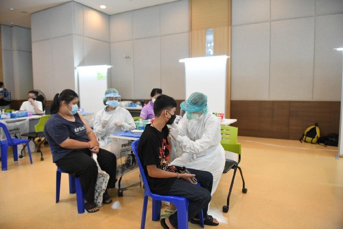 """เปิดยอดนักเรียนสังกัด กทม. 12-18 ปี ยินยอมฉีดวัคซีน """"ไฟเซอร์"""" เริ่ม 4 ต.ค.นี้"""