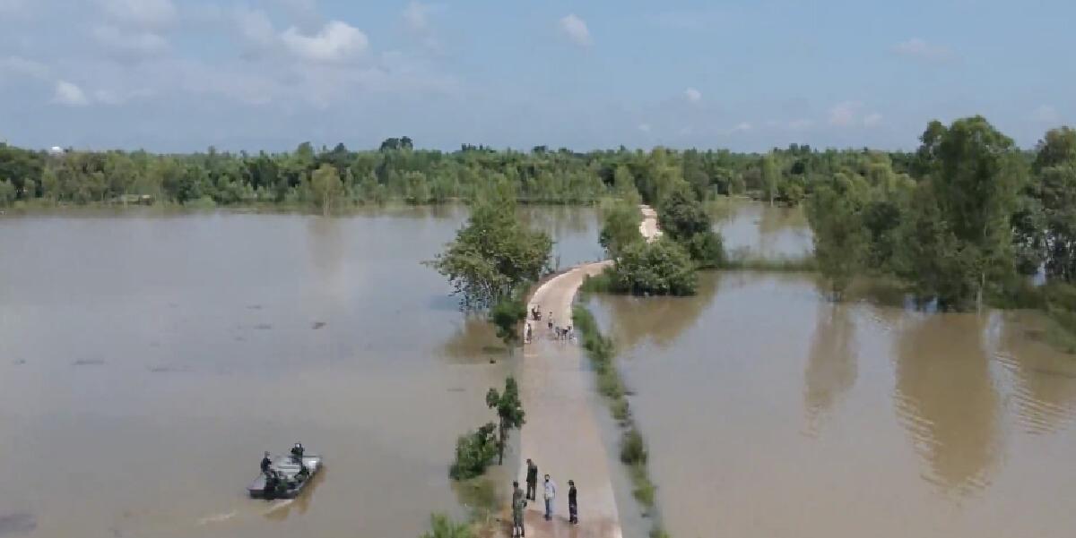มวลน้ำชีจากสารคาม ทะลักท่วมหมู่บ้านแรกในร้อยเอ็ดแล้ว