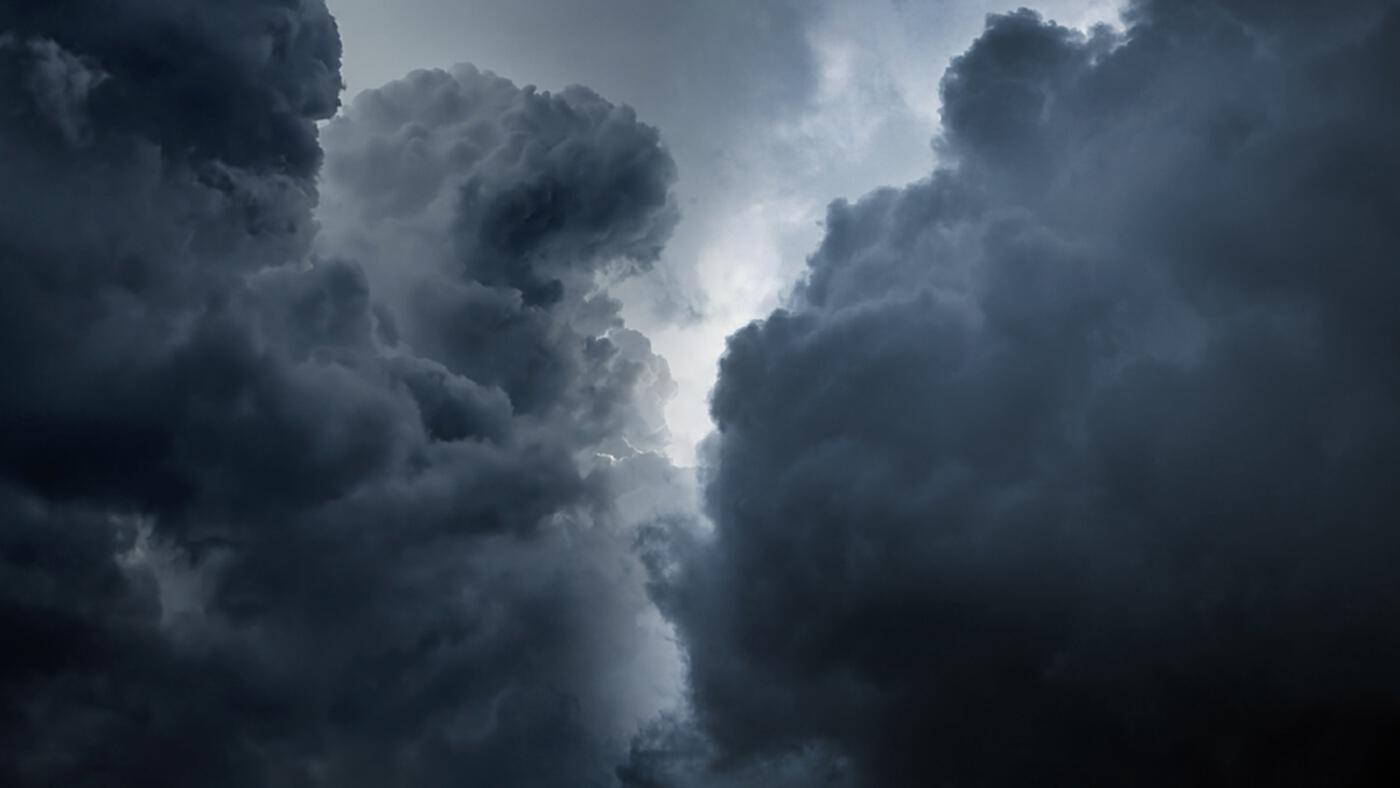 """""""กรมอุตุนิยมวิทยา"""" ไทยฝนลดลง ภาคตะวันออก-ใต้ ยังต้องระวังฝนตกหนักบางแห่ง"""