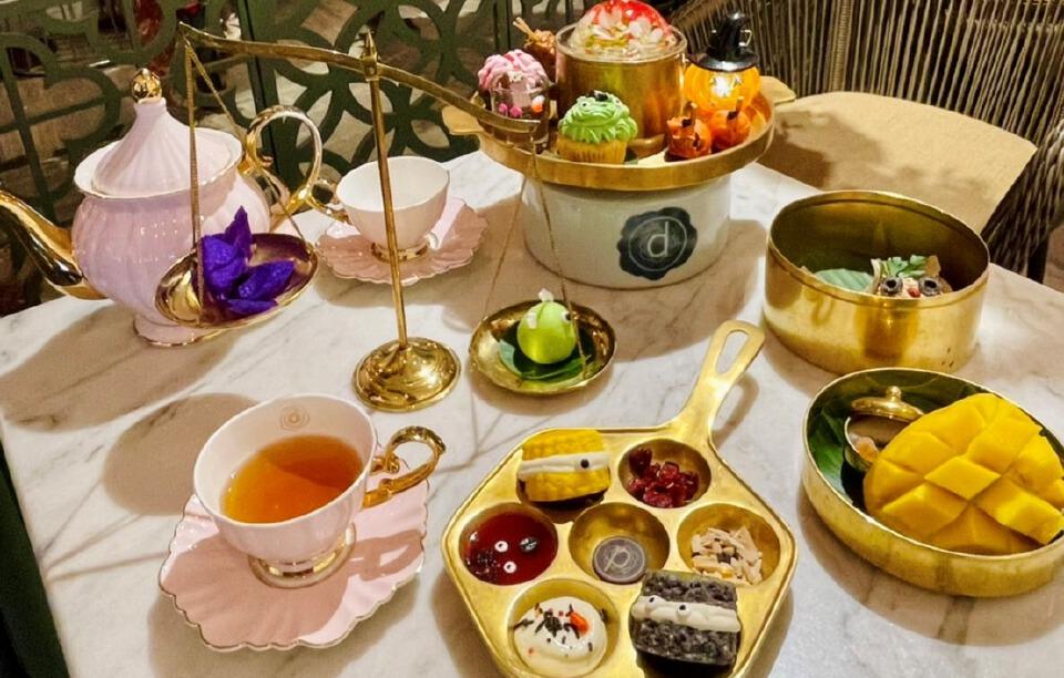 ชุดน้ำชาฮัลโลวีน ชวนจิบชายามบ่ายสไตล์หลอน ๆ ...