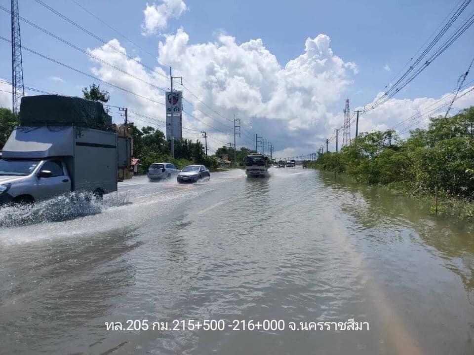 อัพเดท! น้ำท่วมทางหลวง 19 จังหวัด การจราจรผ่านไม่ได้ 21 แห่ง