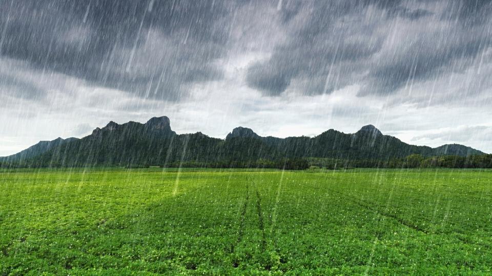 """""""กรมอุตุนิยมวิทยา"""" เตือนไทยตอนบนมีฝนฟ้าคะนอง-ลมกระโชกแรงบางแห่ง"""