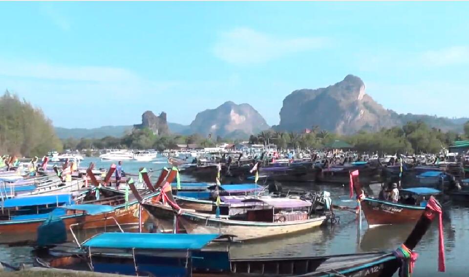 กระบี่เริ่มคึกคัก นักท่องเที่ยวแห่เที่ยวทะเล เปิดช่วงไฮซีซั่น