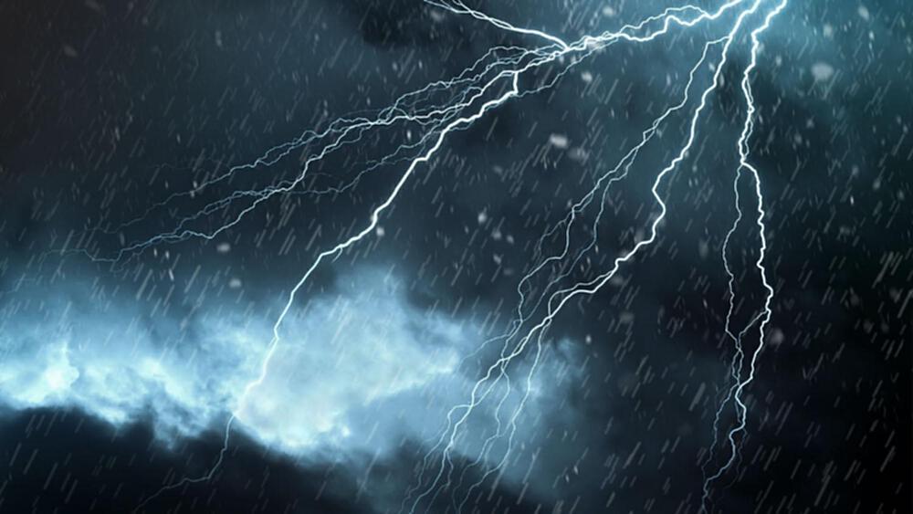 """""""กรมอุตุนิยมวิทยา"""" ชี้ไทยตอนบนมีฝนฟ้าคะนอง-ลมกระโชกแรงบางแห่ง"""