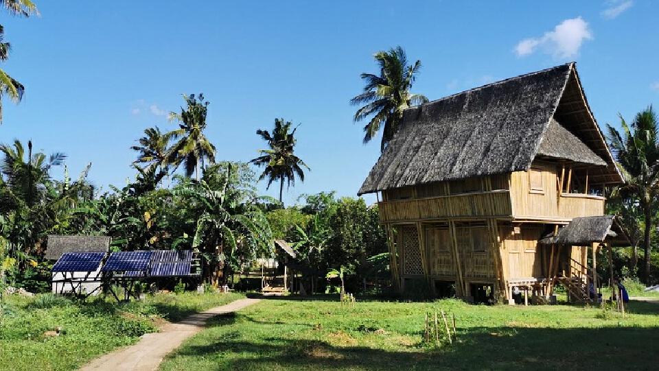 หมู่บ้านแบบอนุรักษ์ระบบนิเวศ | วิทยากร เชียงกูล