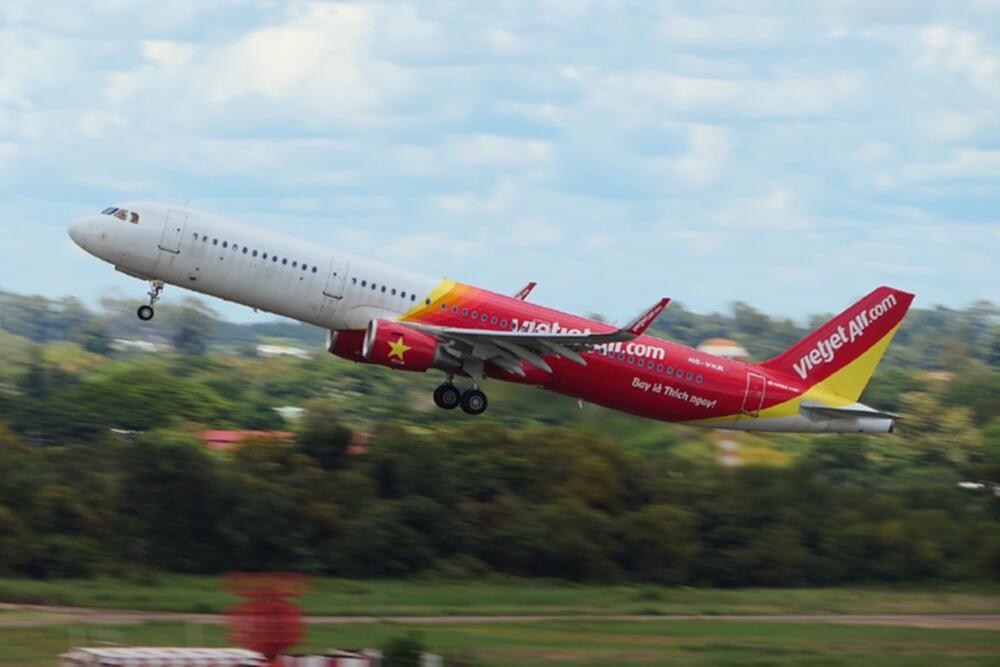 """""""ไทยเวียตเจ็ท"""" อัดโปรฯตั๋วในประเทศ """"Easy Travel, Fly Deluxe"""" เริ่มต้น 555 บาท"""