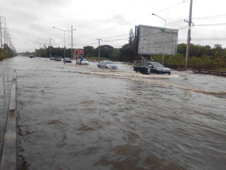 กรมทางหลวง อัพเดท! น้ำท่วมทางหลวง ยังไม่สามารถสัญจรผ่านได้ 22 สายทาง